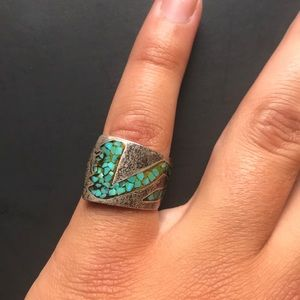 Hand made sterling Navajo ring w/turquoise inlay